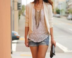Light blazer - white tank - denim shorts - large gold chained necklace - black clutch