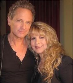 Stevie Nicks and Lindsey Buckingham... there is just something so beautiful about this photo. <3