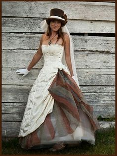 Steampunk Essentials: Rose Dress: Cirsten wants but with a dark red under-sash (instead of the brown and green) and transparent fabric sleeved bolero Pirate Wedding Dress, Steampunk Wedding Dress, Gothic Wedding, Steampunk Costume, Steampunk Clothing, Steampunk Fashion, Bridal Gowns, Wedding Gowns, Rose Dress