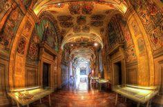 [gli amici di Iperbole fotografano] Biblioteche di #Bologna: l'Archiginnasio   foto di Sandro Fileni via Flickr