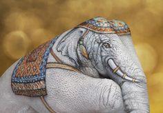 Elephant body art by Guido Daniele