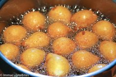 Pampoenkoekies- These South African pumpkin fritters are light , fluffy and literally melts in your mouth. Drizzled with caramel sauce . South African Desserts, South African Recipes, Beef Recipes, Cooking Recipes, Pumpkin Fritters, Chocolate Donuts, Cake Cookies, Dessert Recipes, Desert Recipes