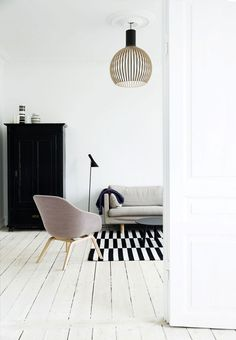 7 Living Room Color Schemes that will Make Your Space Look Professionally Designed - The Trending House Scandinavian Interior, Scandinavian Style, Interior Modern, Living Room Inspiration, Interior Inspiration, Living Room Decor, Living Spaces, Living Room Color Schemes, Style Deco