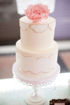 tea party bridal shower, stephanie uchima, preppy chic, cake, lace, peony, vintage