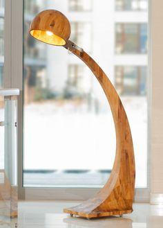 Lampa Woobia. Robi wrażenie. Duża i ciężka wykonana ręcznie z najlepszych gatunków drewna. Oryginalna. 100% eko http://gotowewnetrza.pl/sklep/woobia-lampa/