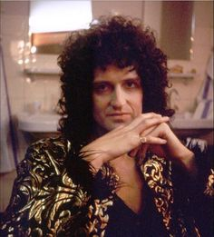 Queen Brian May, I Am A Queen, Save The Queen, Brian's Song, Queen Videos, Roger Taylor, We Will Rock You, Queen Freddie Mercury, Queen Band