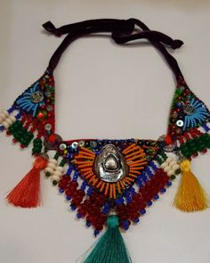"""119 Beğenme, 3 Yorum - Instagram'da Myzenn Design (@myzenndesignn): """"Kendi tasarımımız bir tane 😎 #renkli #tasarım #elyapımı #taşlı #parlak #sarı #kırmızı #siyah…"""" Paper Jewelry, Textile Jewelry, Fabric Jewelry, Boho Jewelry, Beaded Jewelry, Jewelery, Silver Jewelry, Felted Wool Crafts, Textiles"""