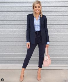 Here is Women's Interview Outfit Pictures for you. Women's Interview Outfit interview attire for women that makes a best Business Casual Outfits, Office Outfits, Business Fashion, Formal Outfits, Business Style, Business Wear, Casual Office Attire, Corporate Style, Women's Corporate Fashion