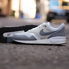 Nike Air Zoom Odyssey W Chaussures running femme