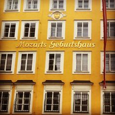 Mozarts Geburtshaus / Mozart's birth house - Salzburg, Austria