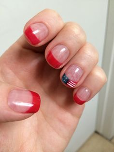 Simple 4th of July nails