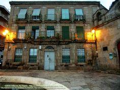 Plaza de San Cosme, Ourense. Aquí se encuentra la Capilla de San Damián y San Cosme cuya maqueta encontrarás en nuestro blog http://edificiosdepapel.blogspot.com