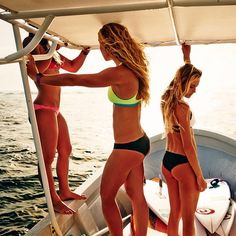 bikini push up.