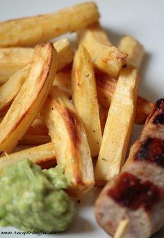 low carb parsnip fries with avocado dip - Low Carb Pastinaken Pommes mit Avocado Dip
