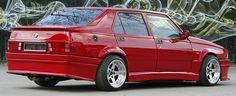 First Love - Alfa Romeo 75 Twin Spark
