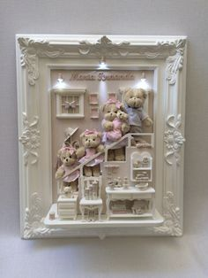 Quadro 50x60 Diy Crafts Easy To Make, Diy And Crafts, Crafts For Kids, Dollhouse Kits, Dollhouse Miniatures, Cuadros Diy, Box Frame Art, Clay Art Projects, Baby Frame
