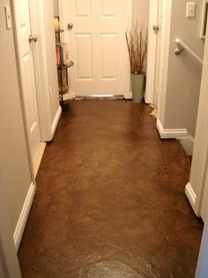 Hallway Makeover - floor made over using brown paper bags ...no way!
