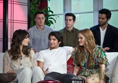 "Gallery.ru / Фото #14 - ""Teen Wolf"" Cast Visit Young Hollywood Studio - arrow-tv"