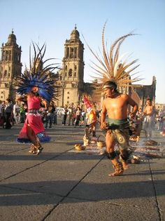 Mexico City's Zócalo is one of the largest city squares in the world. An amazing hub to explore the food and cultural delights of Mexico.