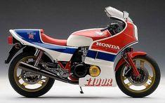Honda CB1100RC 82.jpg (800×501)