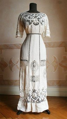 Enchanted Serenity of Period Films: Edwardian Fashion - Image Gallery 2 Edwardian Clothing, Edwardian Dress, Antique Clothing, Edwardian Era, Historical Clothing, 1900s Fashion, Edwardian Fashion, Vintage Fashion, Vintage Outfits