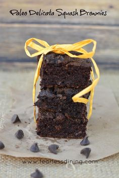Paleo Delicata Squash Brownies http://www.fearlessdining.com