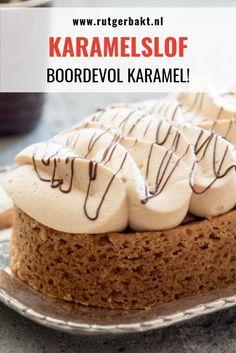 Als je van karamel houdt moet je deze karamelslof bakken! De sloffenbodem wordt bedekt met een laag smeuiige karamel en daarop komt een luchtige karamelslagroom. Het recept voor de lekkerste karameltaart! #RutgerBakt #Karamel #Bakken Sweet Recipes, Cake Recipes, Dessert Recipes, Dutch Recipes, Amish Recipes, Lemon Desserts, Delicious Desserts, Yummy Food, Make Ahead Desserts