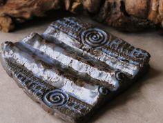 """Seifenschalen - Seifenablage """"Trockenwelle groß"""" - effektblau - ein Designerstück von SILKERAMIK bei DaWanda"""