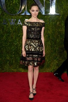 Amanda Seyfried in Oscar de la Renta - Best and Worst Dressed at the 2015 Tony Awards - Photos