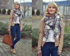 Valentina  I. - The plaid scarf