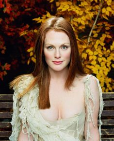 Julianne Moore - Entertainment Weekly by James White, December 2002 Beautiful Redhead, Beautiful Celebrities, Beautiful Actresses, Beautiful People, Beautiful Women, Beautiful Person, Julianne Moore, Hollywood Actor, Hollywood Actresses