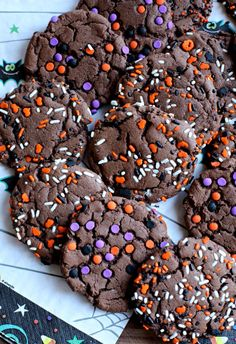 Halloween Sprinkle Cake Mix Cookies. Need a quick treat to take to the Halloween party? These Halloween Sprinkle Cake Mix Cookies are so festive, easy and tasty! #halloweencakemixcookies #halloweencookies #cakemixcookies #cookierecipes #easycookies #easydesserts #cookies #halloweenrecipes #halloweendesserts