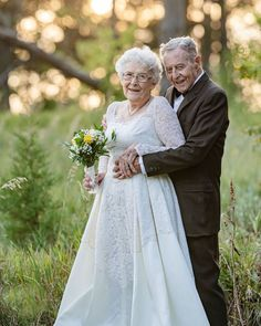 12 Second Wedding Dress Ideas For A 2nd Trip Down The Aisle ❤ second wedding dress with long sleeves lace for old katie autry #weddingforward #wedding #bride