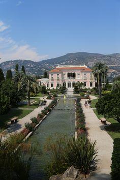 Villa Ephrussi de Rothschild, garden, seaside villa and garden, Cote d'Azur, France, 2015, Agata Byrne garden travels