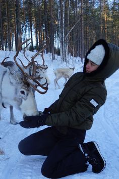 Ski Season, Winter Season, Nat King Cole Christmas, Chalet Girl, Mazzy Star, Hogwarts Christmas, Snowboarding Style, Fantasy Life, Snow Angels