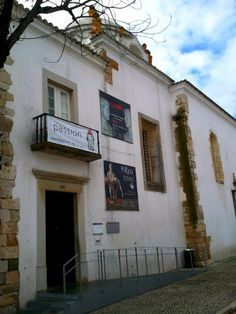 After Karen's recent visit to Portugal, here are 10 ideas on what to do in the Algarve's capital of Faro. Stuff To Do, Things To Do, Portugal, Cool Places To Visit, The Good Place, Museum, Theatres, Light House, Libraries