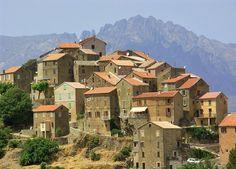 Citadel de la Corte - Corsica       ..by Sebastian Lander            ...www.dailymail.co.uk