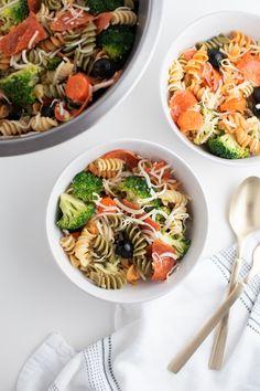 Tri Color Pasta Salad With Italian Dressing - The Ashcroft Family Table Tri Color Pasta Salad, Hawaiian Haystacks, Pasta Recipes, Cooking Recipes, Hamburger Stew, Italian Dressing, Looks Yummy, Pasta Dishes, Vegetarian