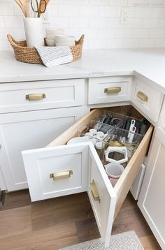 Storage & Organization Ideas From Our New Kitchen! A super smart solution for using the corner space in a kitchen - kitchen corner drawers!A super smart solution for using the corner space in a kitchen - kitchen corner drawers! Small Kitchen Storage, Kitchen Cabinet Storage, Storage Cabinets, Hidden Kitchen, Kitchen Small, Functional Kitchen, Kitchen Drawers, Small Storage, 10x10 Kitchen