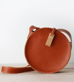 Round Leather Bag | Scarr