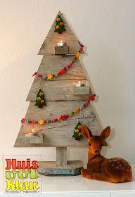 huisvolkleur: Houten Kerstboom