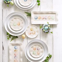 Are these #Pier1 Speckled Egg Appetizer Plates and Treat Platters #dinnerware or works of art? We suppose it depends on whether you put them on your table or hang them on your wall.