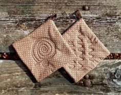 Minimalist Rustic Pot Holder Set of 2 by marylandquilter on Etsy, $15.00