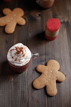 The Perfect Drink : : GINGERBREAD LATTE » PICI E CASTAGNEhttp://www.piciecastagne.it/2014/01/27/gingerbread-latte/