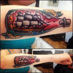 #tattoo #oldschooltattoo #boattattoo #boatinbottletattoo