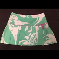 Tibi Skirt Adorable pink, green, and white Tibi skirt. Perfect addition to your spring/summer wardrobe! This skirt measures 14.5 inches from top to bottom. Tibi Skirts