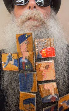 BEARD GALLERY - Opere dei Santini Del Prete installate sulla mia barba (Galleria Pensile)