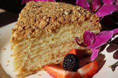 Торт Наполеон с коньяком. Мы предлагаем необычный вариант привычного лакомства.