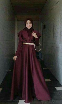 Most Popular dress brokat elegan ideas Hijab Prom Dress, Hijab Gown, Muslimah Wedding Dress, Hijab Evening Dress, Hijab Style Dress, Hijab Wedding Dresses, Muslim Dress, Evening Gowns, Dress Wedding