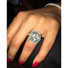 Huge Diamond Rings, Big Rings, Diamond Wedding Rings, Three Rings, Nicki Minaj, Wedding Finger, Dream Engagement Rings, Engagement Ideas, Dream Ring